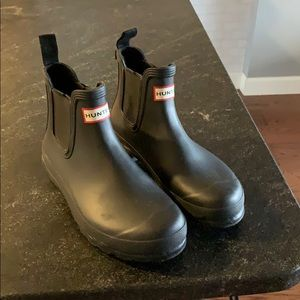 Hunter boots size 8 Chelsea